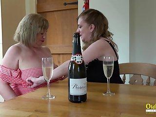 Mature ladies enjoying their enticing bodies and amazing lesbian masturbation skills