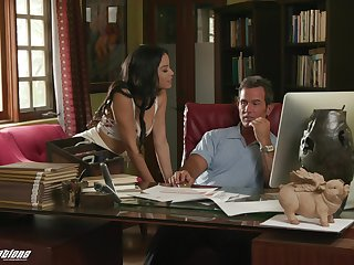 Bratty stepdaughter with a for detail ass seduces and fucks her workaholic stepdad