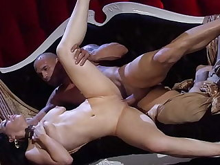 Watch Belle Noir's big plunder shake while cowgirl fucking a monster cock
