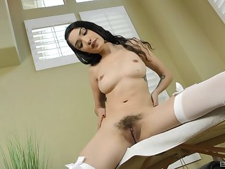 Brunette with flimsy cunt, exposed intimacy on cam