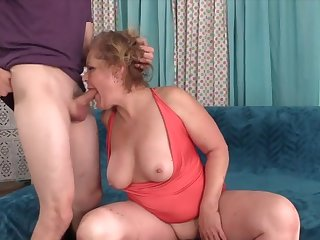 Cock hungry aged women prize inviting hard dicks in mouth and polish off wonderful blowjobs
