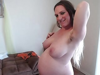 Hairy Ginger Pussy Squats Squirts Sucks Pussy Juices 36 Weeks Well-spoken Different Angles of Big Belly - BunnieAndTheDude