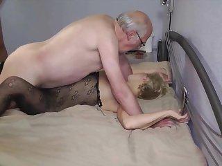 Grandpa lose one's heart to