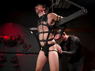 Maledom in brutal gay scenes be advantageous to the gay slave