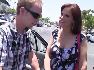 Uninhabited housewife Syren De Mer bangs one dude who helped her in burnish apply parking lot