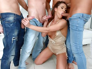 Dirty whore Alyssa Reece enjoys ultimate blowbang with an increment of gets messy facial