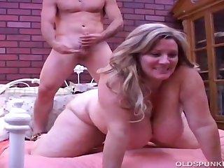 Beautiful Grown up Big Beautiful Woman Deedra Has Big Tits