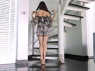 Petite girl stands nude with an increment of offers a great view thither her pussy